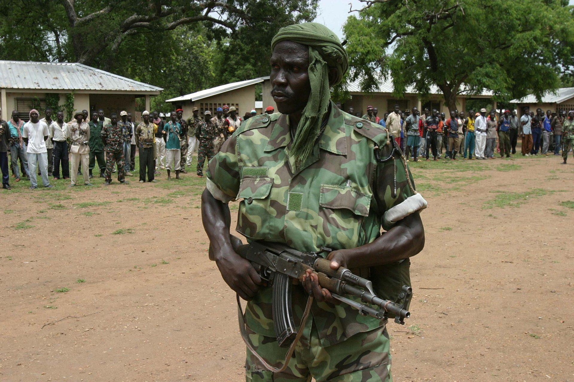 中央アフリカ北部の反乱軍の兵士