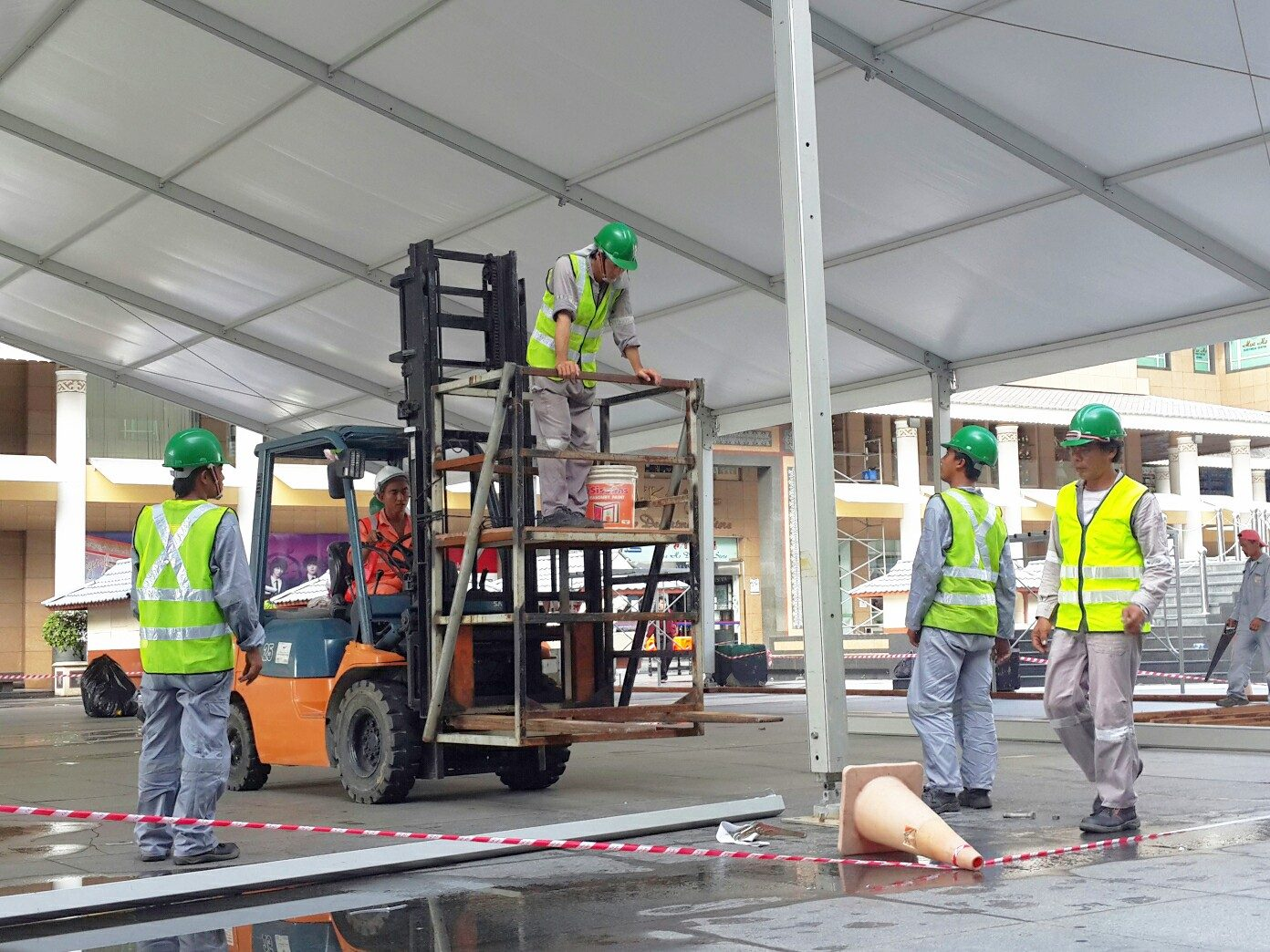 ブルネイで働く出稼ぎ労働者たち