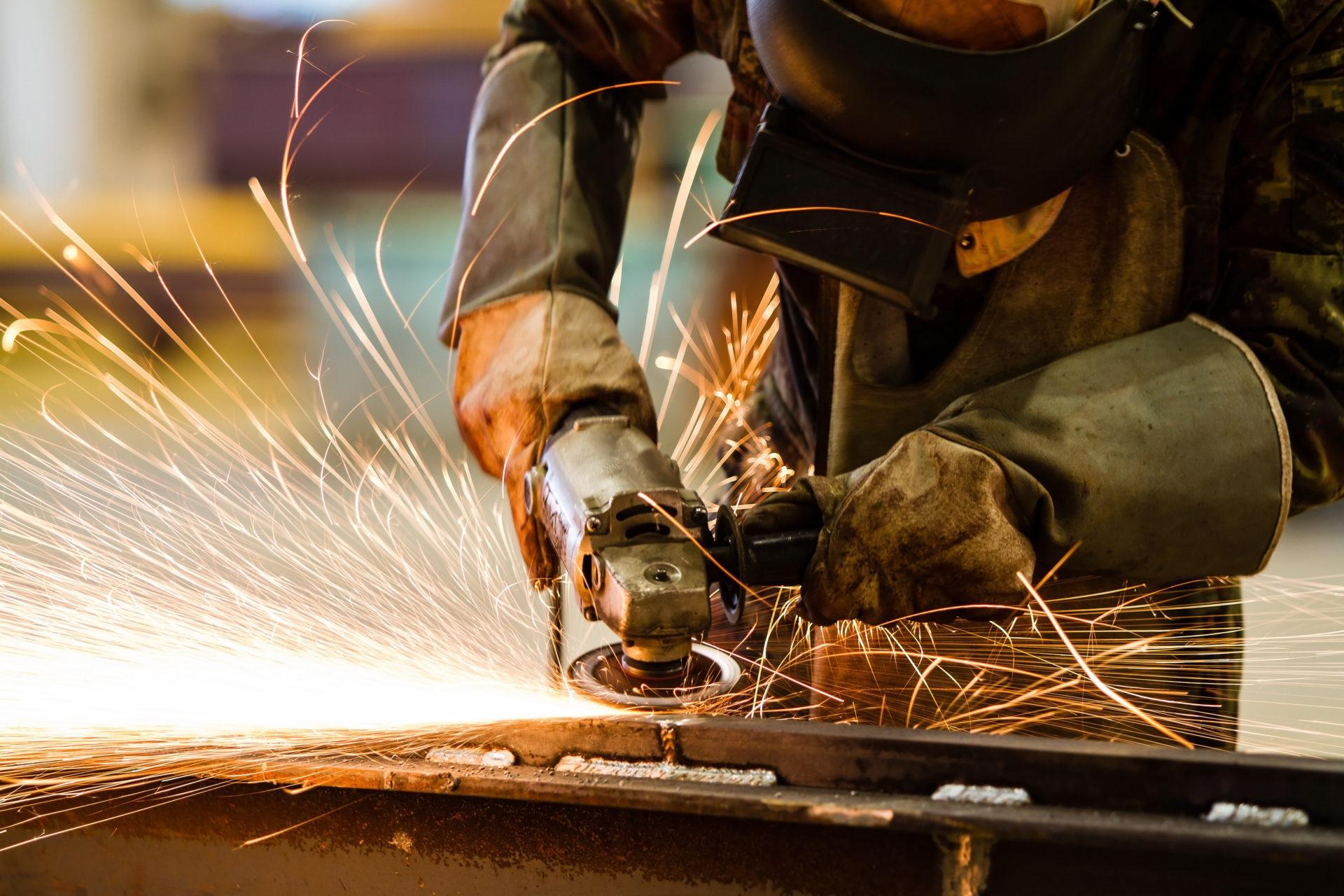 フィリピンの男性の出稼ぎ労働者の多くは建設関係の仕事に勤めている