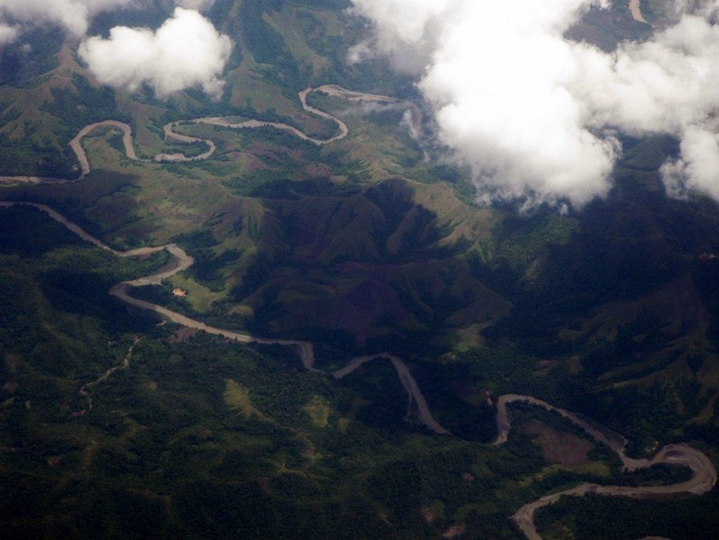 パプアニューギニア内に流れる大きな川